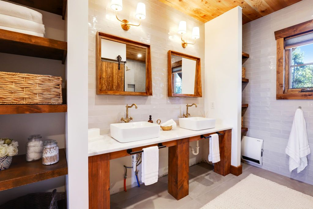 luxury mountain timber frame bathroom